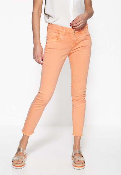ATT JEANS Damen 5-Pocket Jeans mit offenen Saumkanten und leichter Waschung »Leoni«