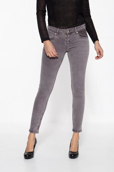 ATT JEANS 5-Pocket Jeans mit Lochstickerei am Tascheneingriff Leoni