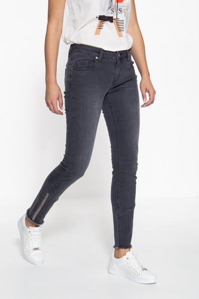 ATT JEANS Slim Fit Jeans mit offenen Saumkanten und Paillettendetails Leoni