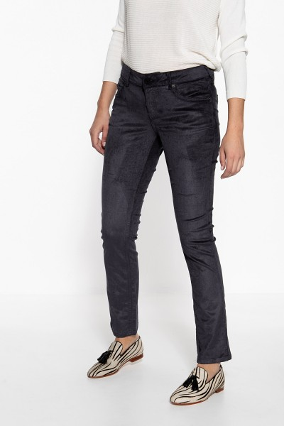 ATT JEANS Slim Fit Hose aus Feincord Belinda