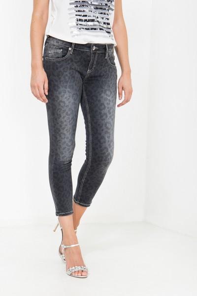 ATT JEANS Capri Jeans mit Leo Muster, Slim Fit Leoni